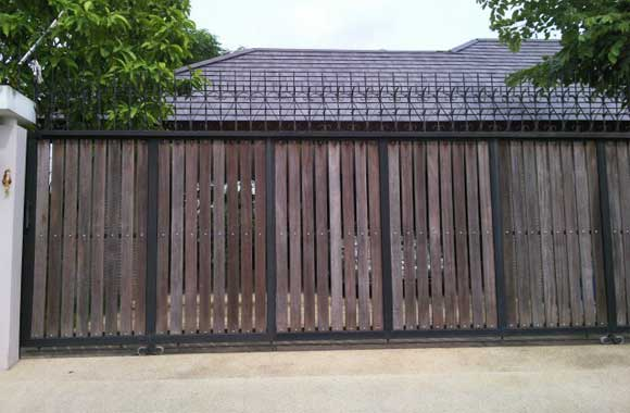Brown-wood-gate